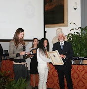 "Agnese riceve il ""PREMIO Internazionale CARTAGINE"""