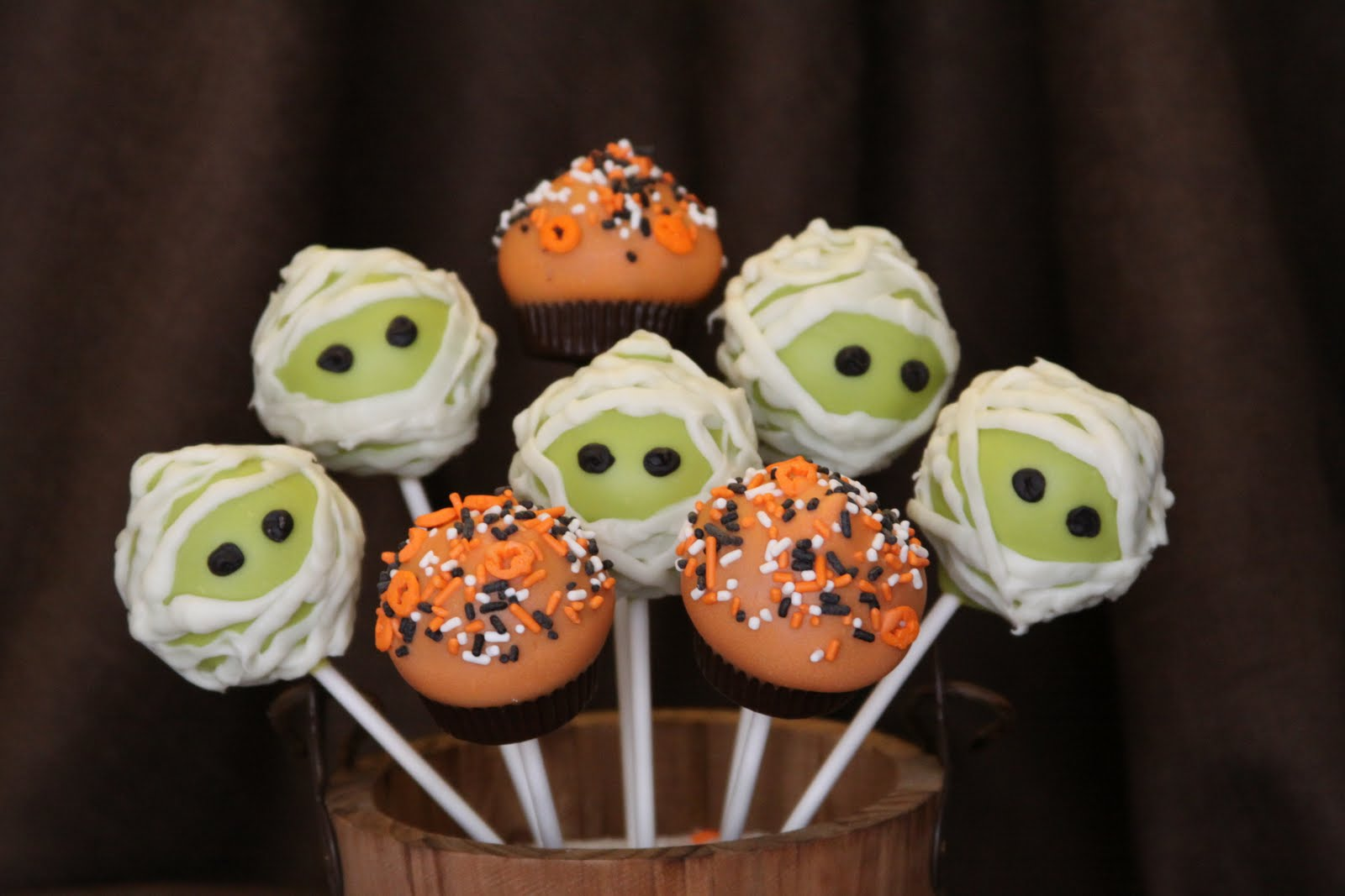 Fall/Halloween Cake Pops