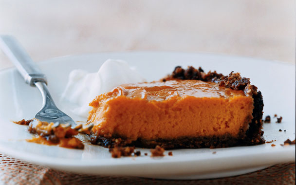 Gourmet+Sweet-Potato+Pie+with+Gingersnap+Pecan+Crust.jpg