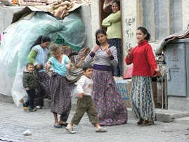 GYPSIES IN TURKEY