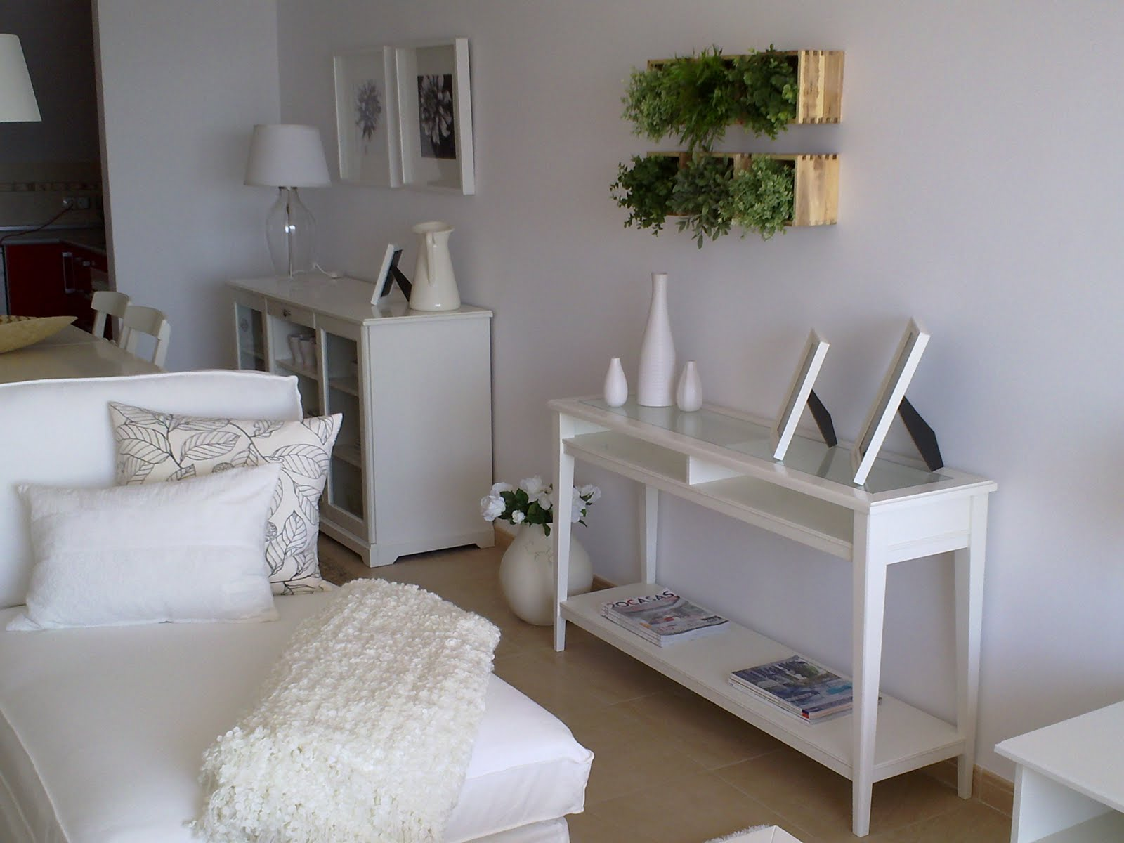 Decoraci n hogar y business i k e a by etimoe art almeria for Muebles piso completo ikea