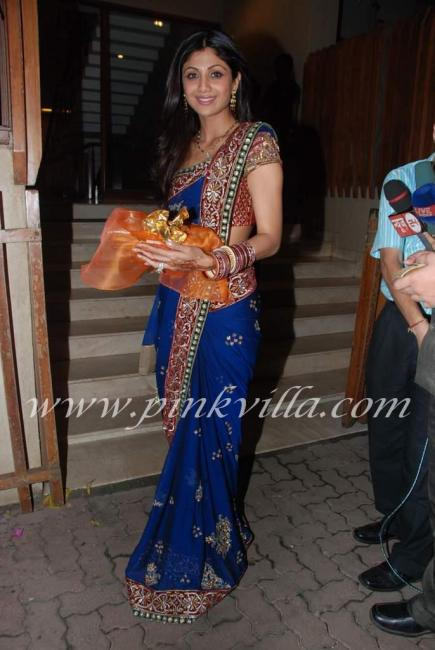 shilpa shetty in saree. Shilpa Shetty Damn Hot Saree