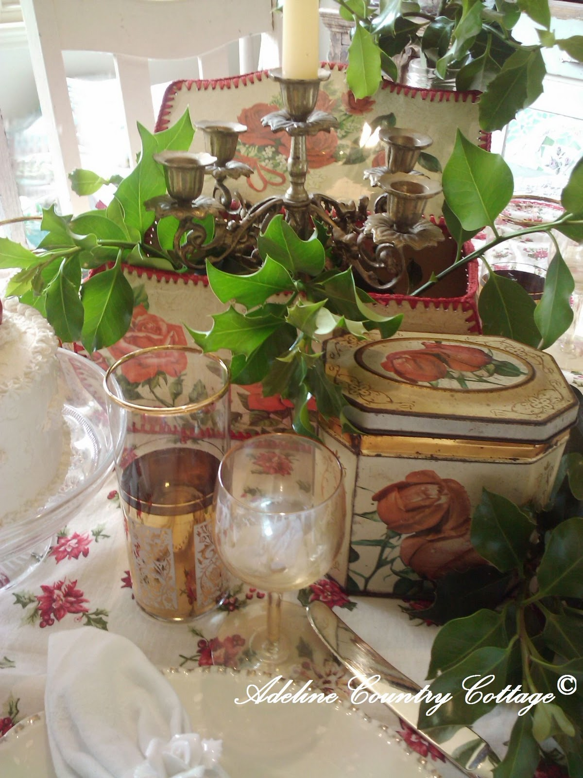Adeline Country Cottage Inspiring Christmas Table Setting