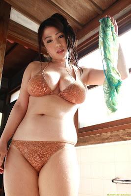 fine art online gallery japan sexy girl nonami takizawa bikini