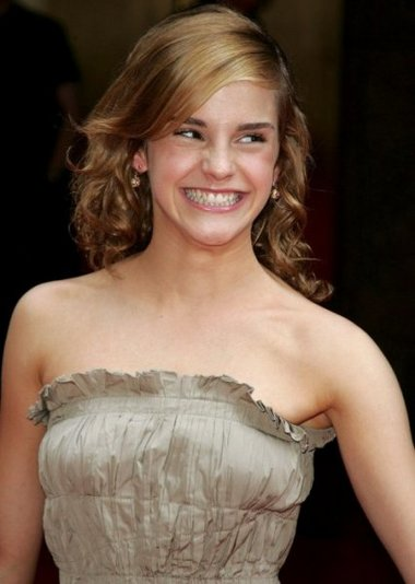 emma watson hot wallpapers. New Wallpapers Of Emma Watson.