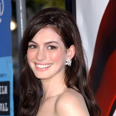 2011 Anne Hathaway beautiful foto