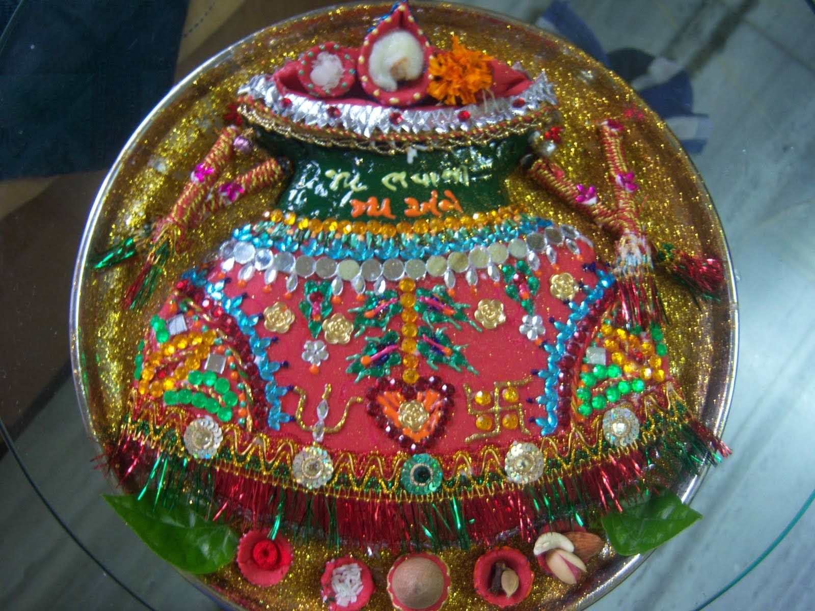 Aarti decoration thali plate decorative for Aarti thali decoration pictures