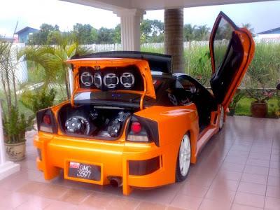 http://4.bp.blogspot.com/_i38ANYgBwGo/SpfV28C3TmI/AAAAAAAAIvk/YSRyD2-y1i0/s400/Honda-prelude-3809.jpg