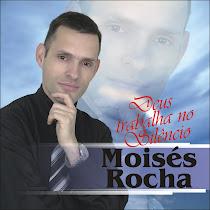 Cantor Moisés Rocha