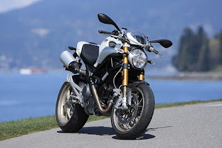 Motorcycle 2011 Ducati Monster 1100S Edition