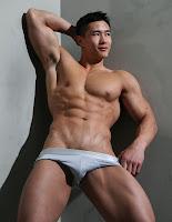 We love nude guys pics 518