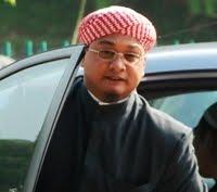 http://4.bp.blogspot.com/_i5-K4MLrko0/TSHqvjkmSVI/AAAAAAAAfUk/mc2VbLsJ-UQ/s1600/NasruddinTantawi.jpg