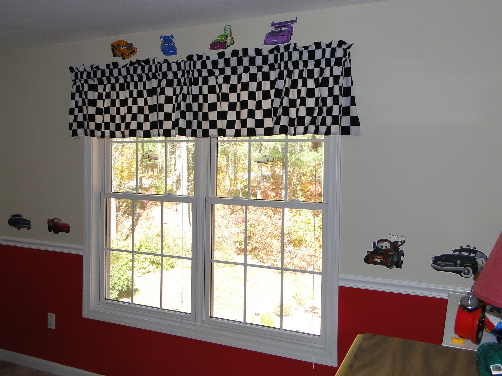 A wdw mom 39 s daily endeavors joey 39 s cars room is finally for Disney pixar cars bedroom ideas