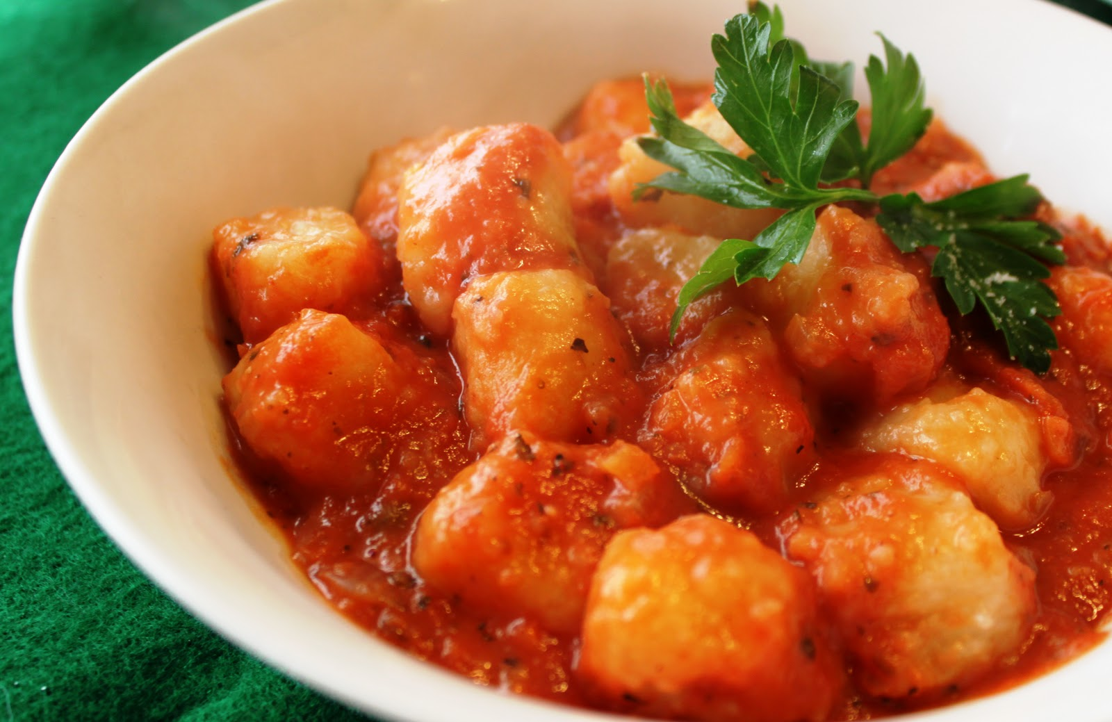 Gnocchi With Tomato Sauce Recipe — Dishmaps
