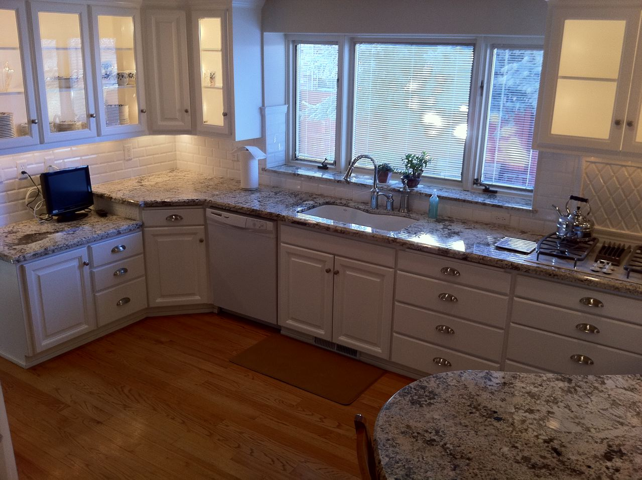 The granite gurus delicatus granite kitchen from mgs by for K kitchens and granite