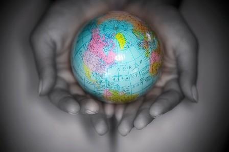 Keharnonian Alam Sekitar Di Tangan Kita