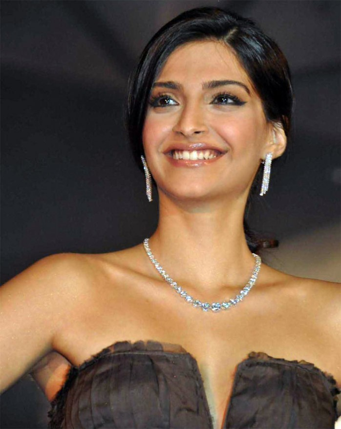 26. Sonam Kapoor: is an Indian film actress who appears in Bollywood ...