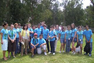 La concejal de Juventud de Constantina y la diputada provincial de Juventud junto a los Parlamentarios de Constantina
