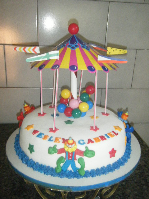 Tânia Bolos: bolo palhaço