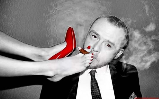 http://4.bp.blogspot.com/_iE--y3HQ9eI/TS3DlV_fbMI/AAAAAAAAFHg/Op6eO-iiR2A/s1600/cham-cham--red--widescreen-wallpaper--Misc--MORENITA-2--nice--fetish--Cool-%2526-Fantasy--Hmmm_large.jpg