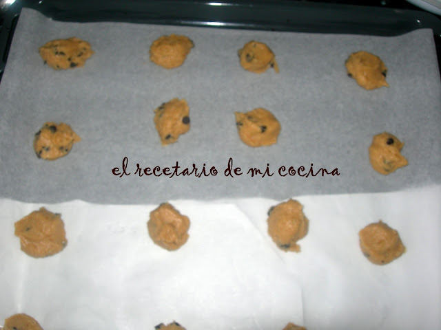 cookies con perlitas de chocolate