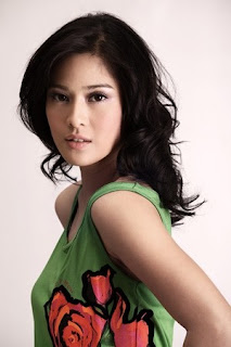 Images Of Dian Sastrowardoyo