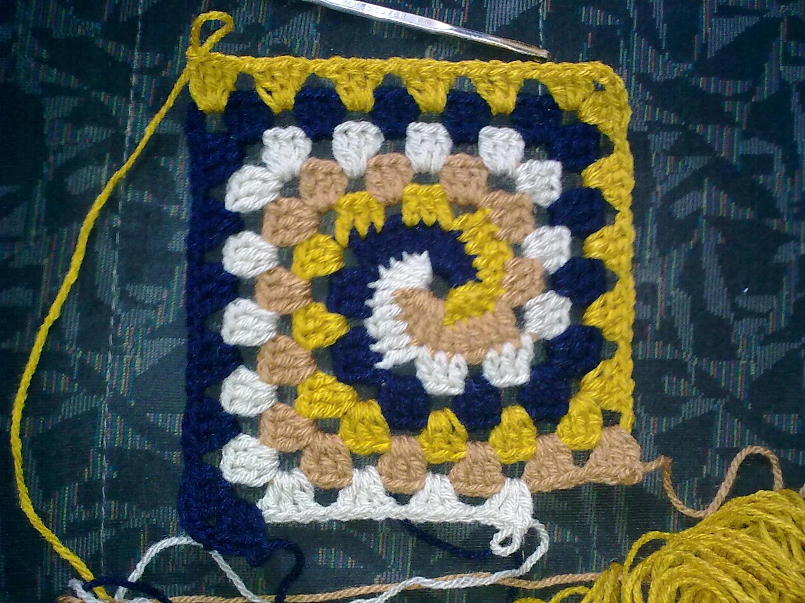 Вязание спирального квадрата крючком