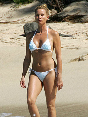 nicollette sheridan beach