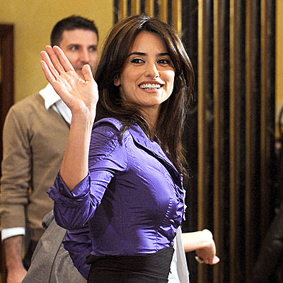 Penelope Cruz Hair, Long Hairstyle 2013, Hairstyle 2013, New Long Hairstyle 2013, Celebrity Long Romance Hairstyles 2326