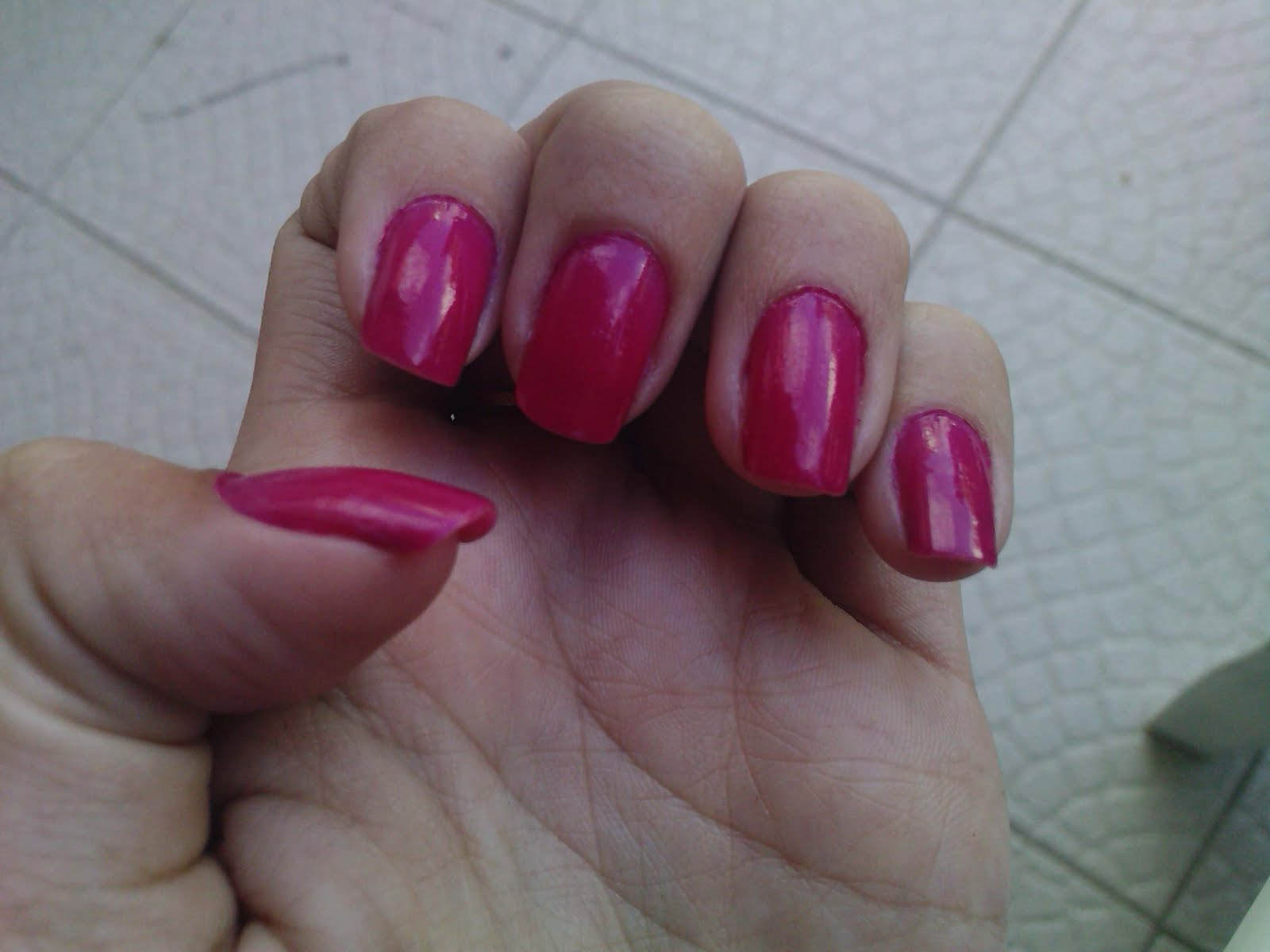 http://4.bp.blogspot.com/_iI7K6u06rms/TDekBwZDmKI/AAAAAAAAAPc/_nbbk_KSmA4/s1600/atitude_pink_risque.jpg