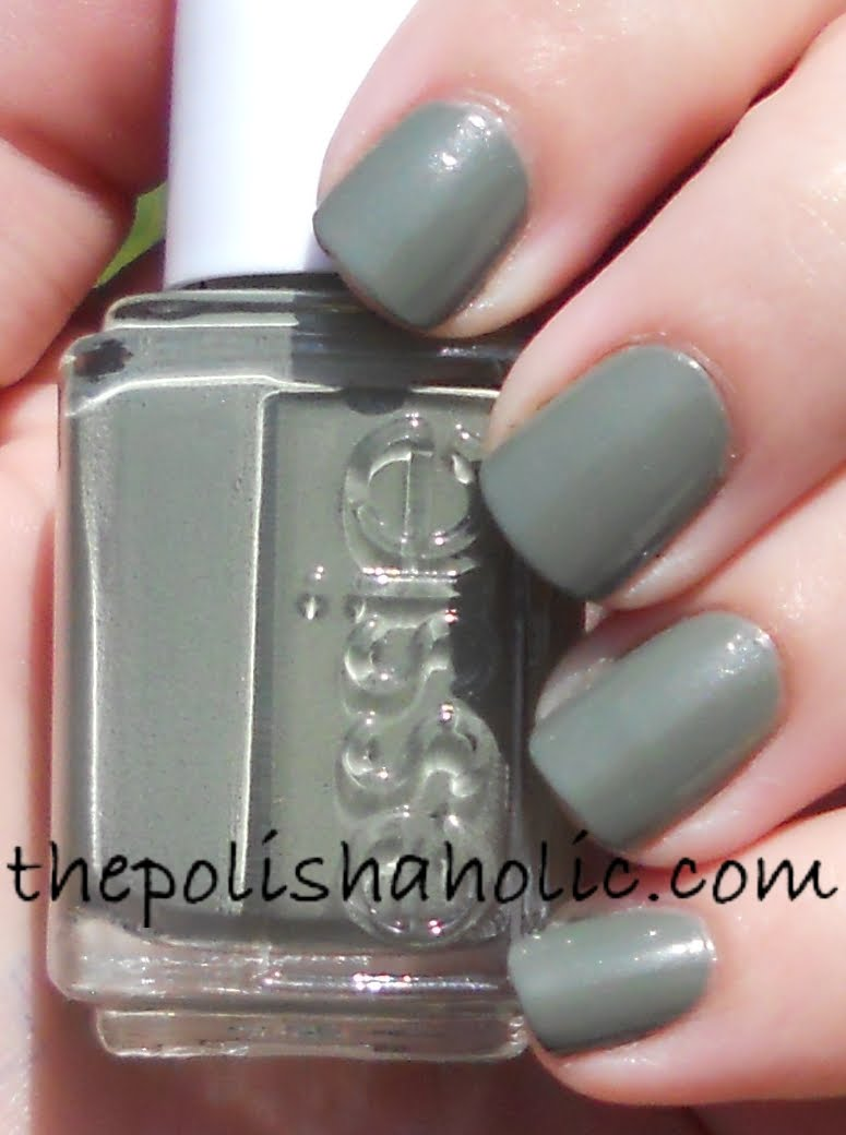 The PolishAholic: Essie Sew Psyched