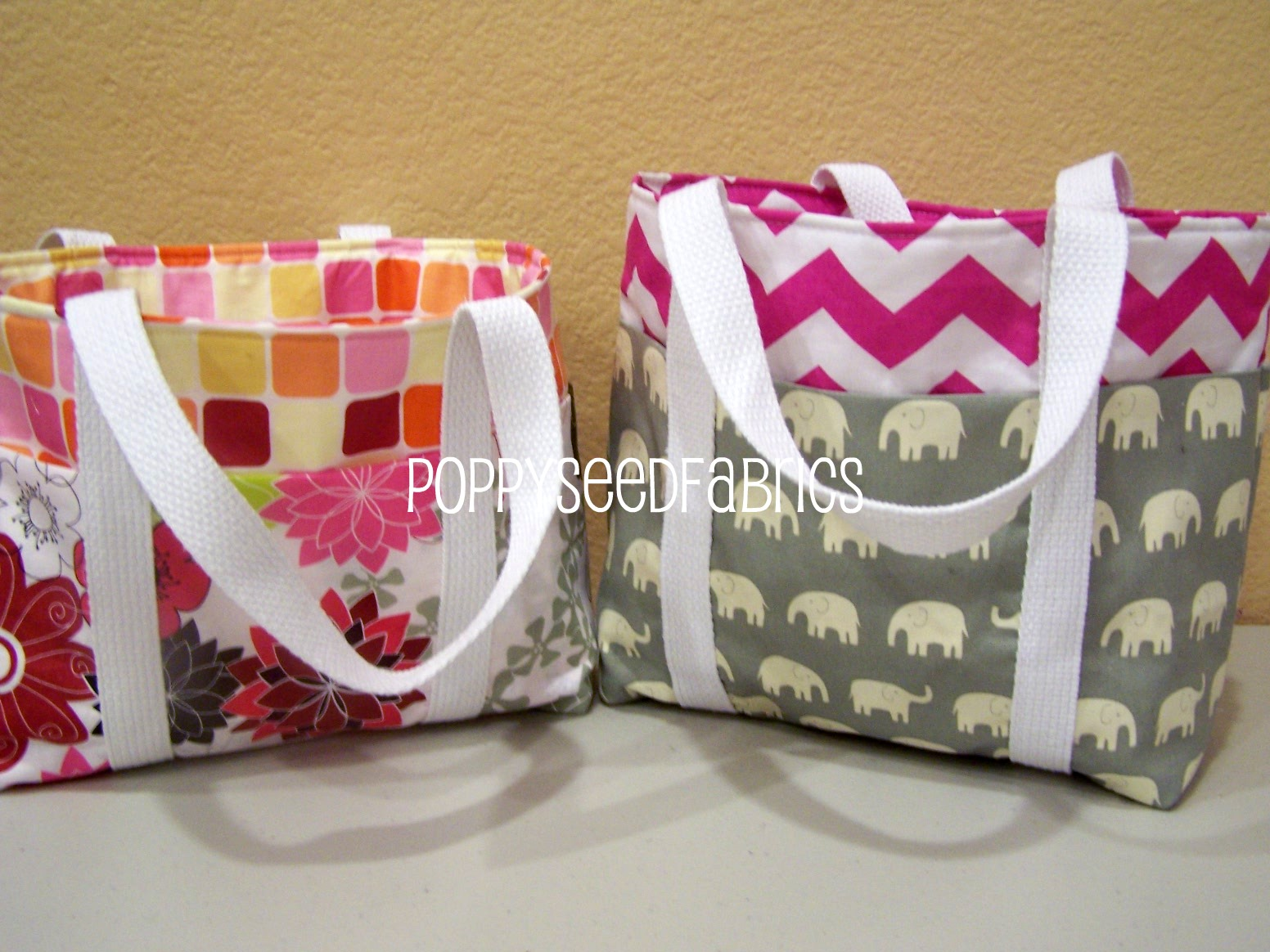 poppyseed fabrics super easy tote bag tutorial updated. Black Bedroom Furniture Sets. Home Design Ideas