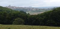 Un Diamant Brut: Vézelay vue de la maison Zervos, La Goulotte