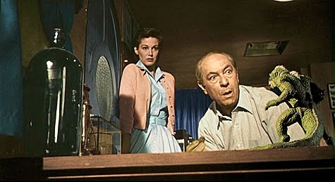Marisa (Joan Taylor) and Dr. Leonardo (Frank Puglia)