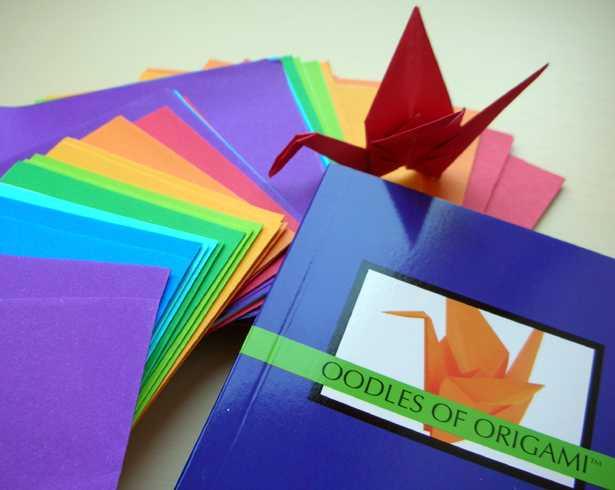 http://4.bp.blogspot.com/_iLMd7CqM41g/SwzG627SkJI/AAAAAAAABrI/EsVHmiAW6rU/s1600/oodles_of_origami.jpg