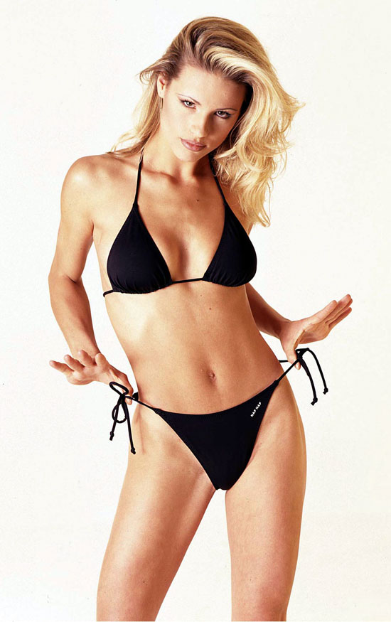 Hollywood Artist Maya More Bikini Glory With Michelle Hunziker