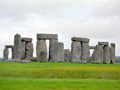 http://4.bp.blogspot.com/_iPJqcEcwTKI/TFA03j_Xs7I/AAAAAAAAAOA/SBzmowhoZSs/s1600/stonehenge_07.jpg