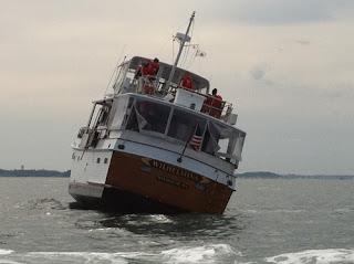 boat runs aground Boston