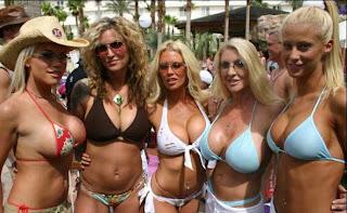 фото женщин на ибице