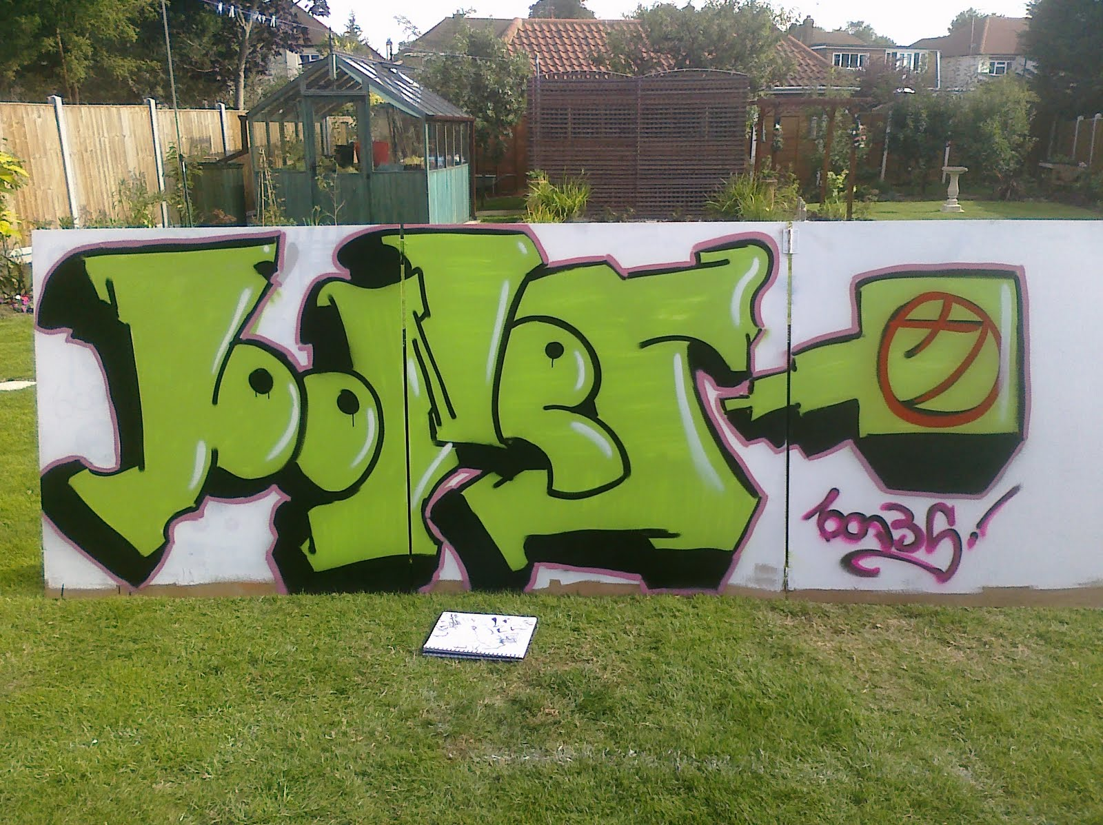 Graffiti Spray Paint Related Keywords Suggestions Graffiti Spray Paint Long Tail Keywords