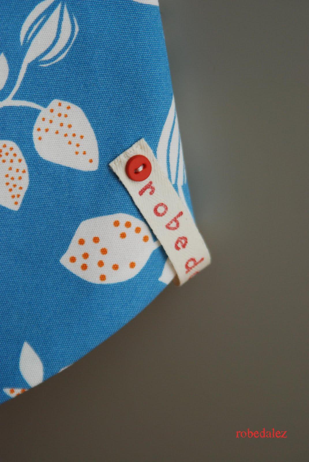 Robedalez biscotti e grembiuli - Ikea tappeto bottoni ...
