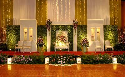 Berikut adalah kumpulan Gambar Dekorasi Pernikahan Modern. Untuk