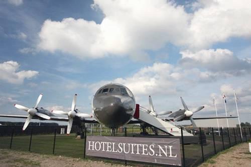 Aircraft Hotel