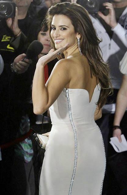Penelope Cruz Hair, Long Hairstyle 2013, Hairstyle 2013, New Long Hairstyle 2013, Celebrity Long Romance Hairstyles 2379