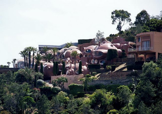 Palais bulles in Cannes