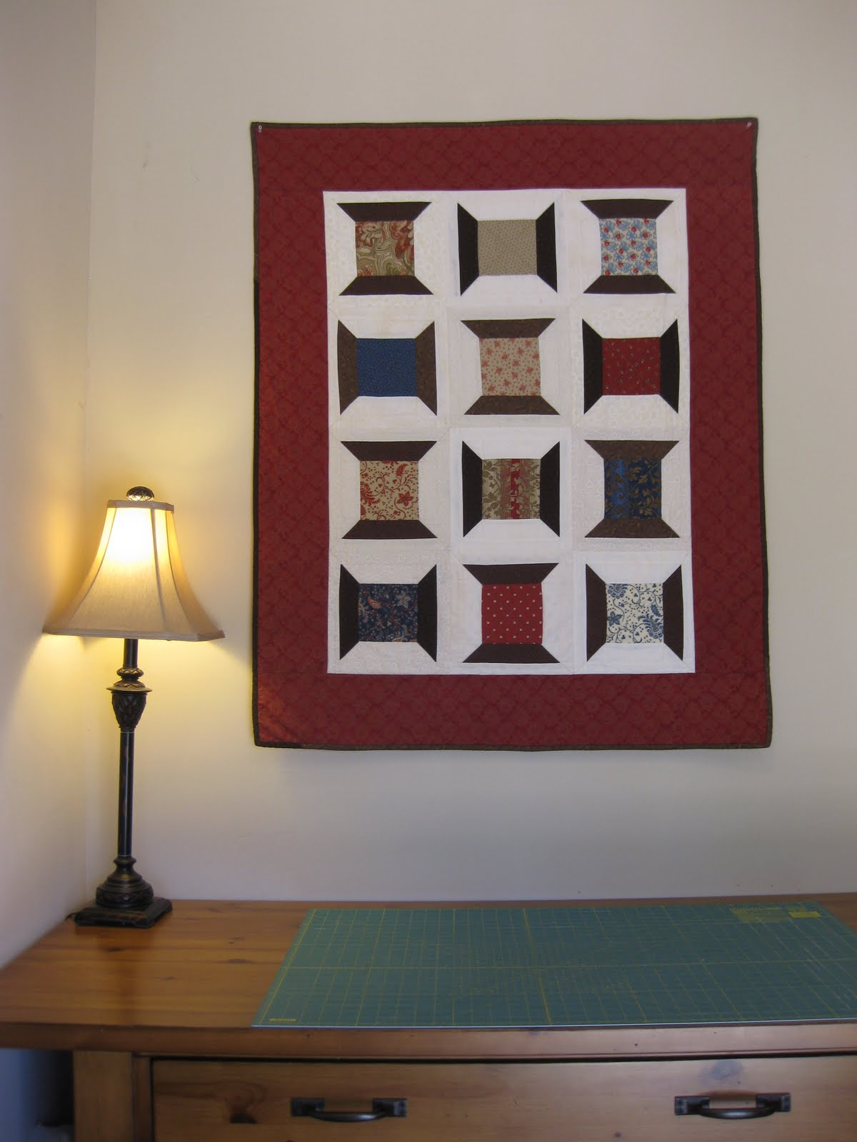 Quilt Pattern Spool of Thread http://youcansewtoo.blogspot.com/2010/04/spool-quilt.html