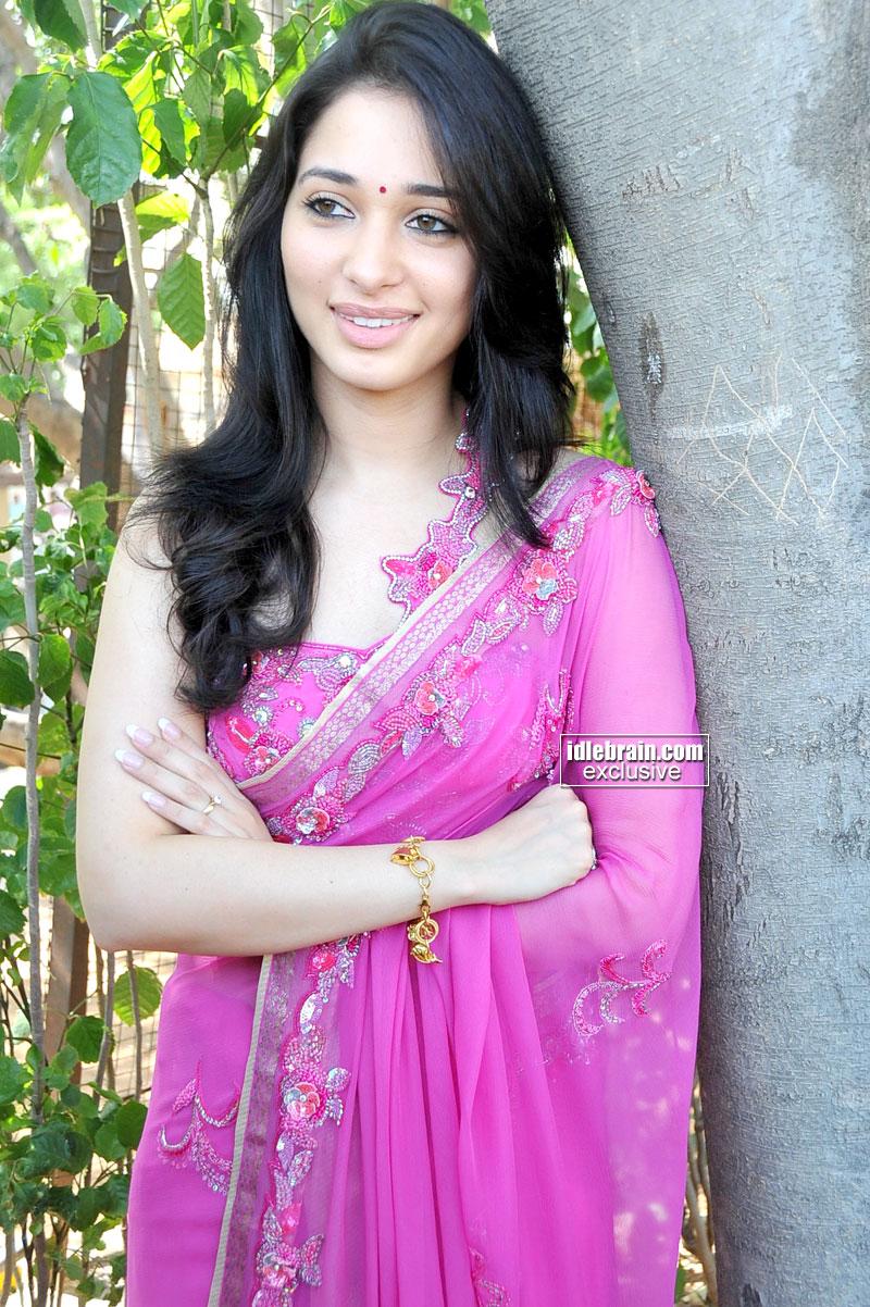 tattooan sak karepmu gak yowis: cute photos of actress tamanna