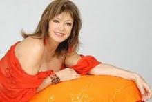 A declaração da encantadora atriz e bela Mulher Alcione Mazzeo ao visitar a obra de Piassa.