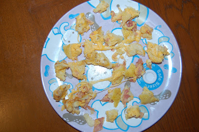 toddler food on safe sizer plate