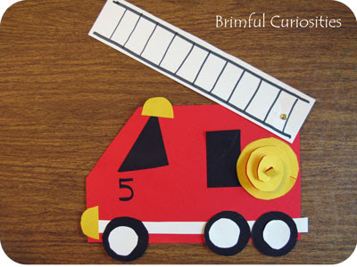 Fire Truck Craft Preschool http://www.brimfulcuriosities.com/2010/05/firehouse-by-mark-teague-book-review.html